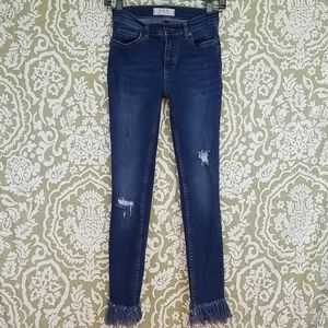 We The Free People Cut off jeans distressed Sz 24